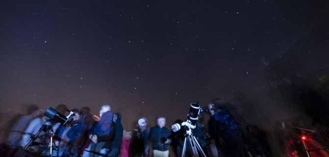 Más de 250 personas exploraron desde Valdenazar el penúltimo cielo ...